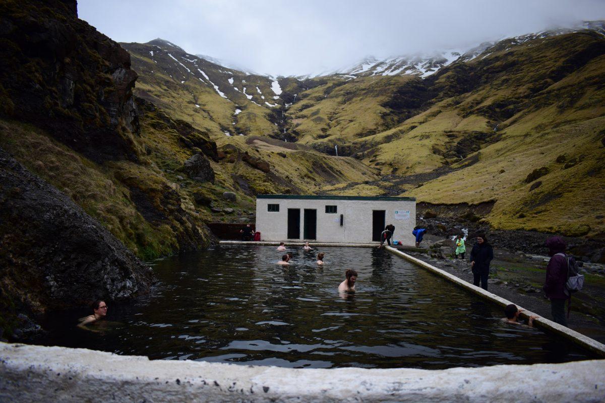 swimming poolSeljavellir