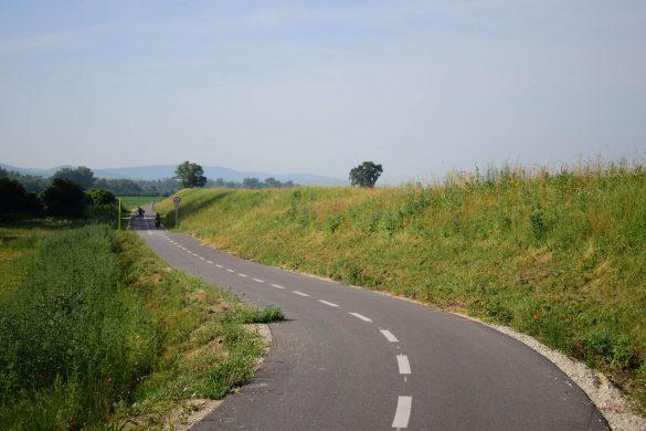 cyklotrasa Nové mesto n. Váhom - Horná Streda
