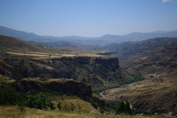 kaňon pri meste Jermuk, Arménsko